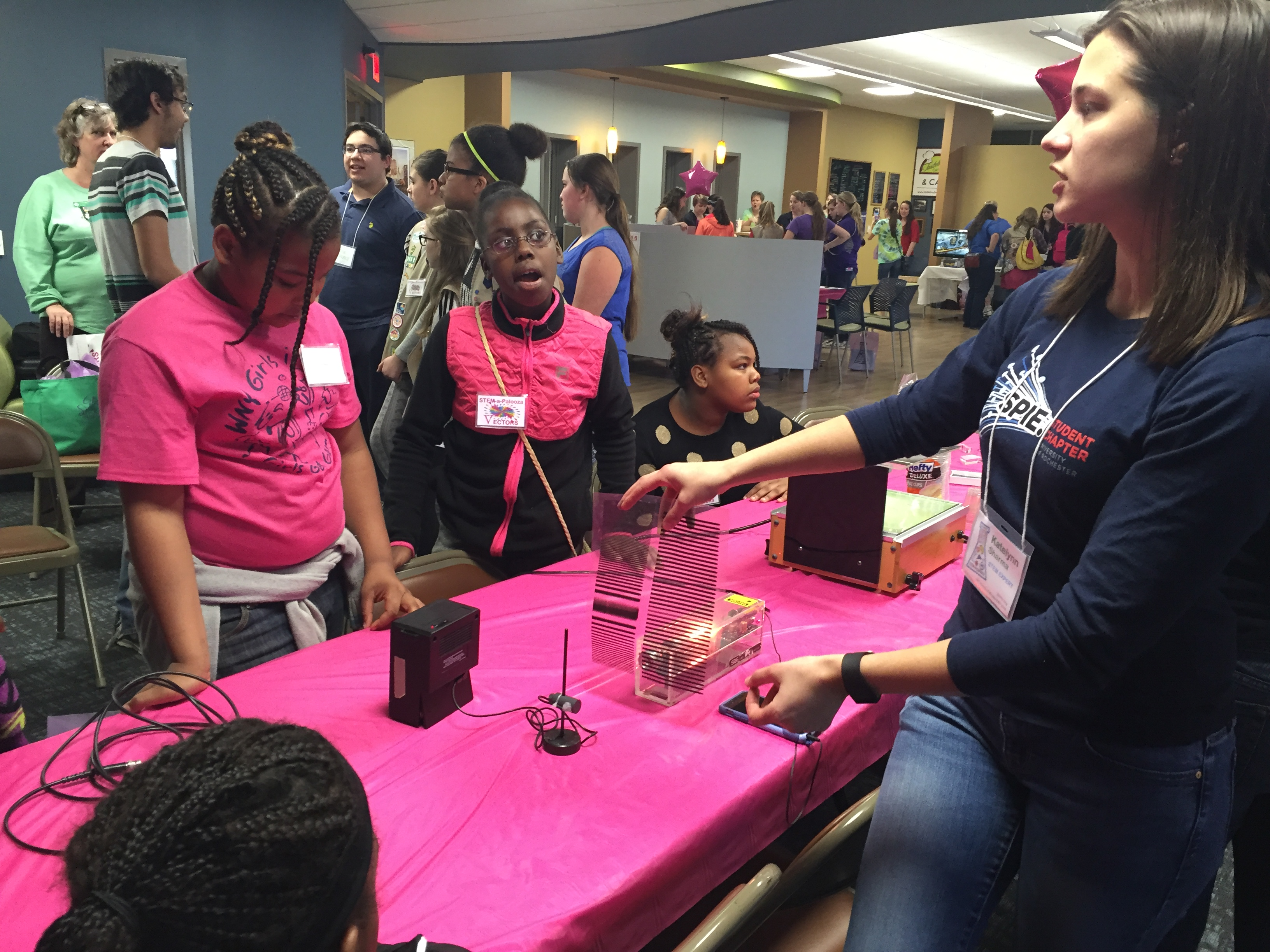 Girl Scouts STEM-A-Palooza | UR SPIE Student Chapter