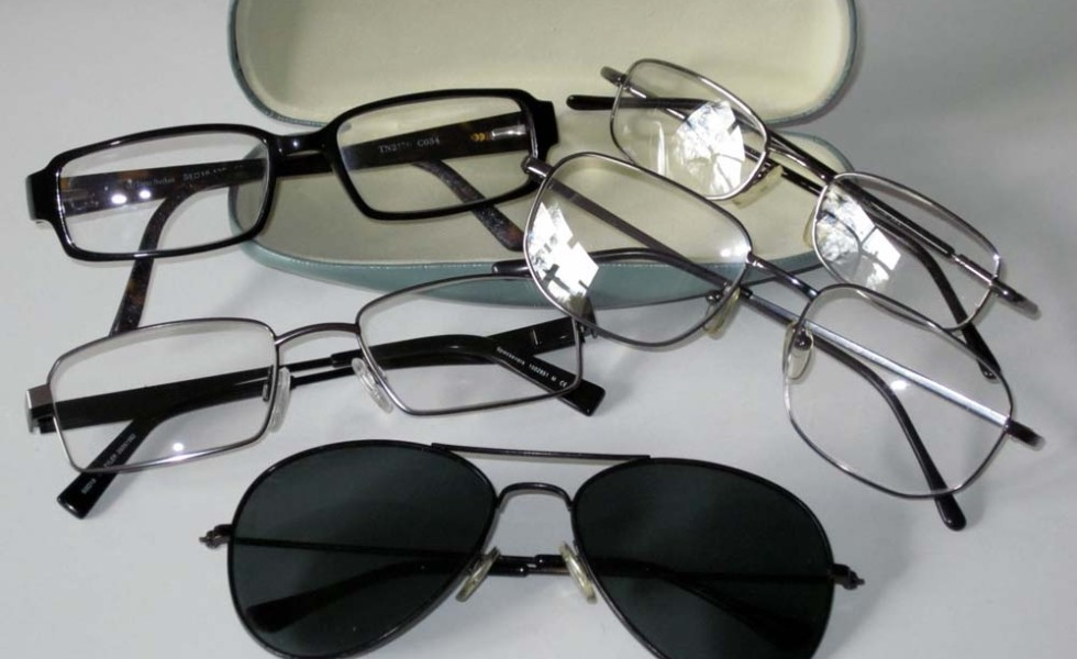 recycle recycling used glasses eyeglasses spectacles